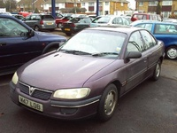 1995 Vauxhall Omega Overview