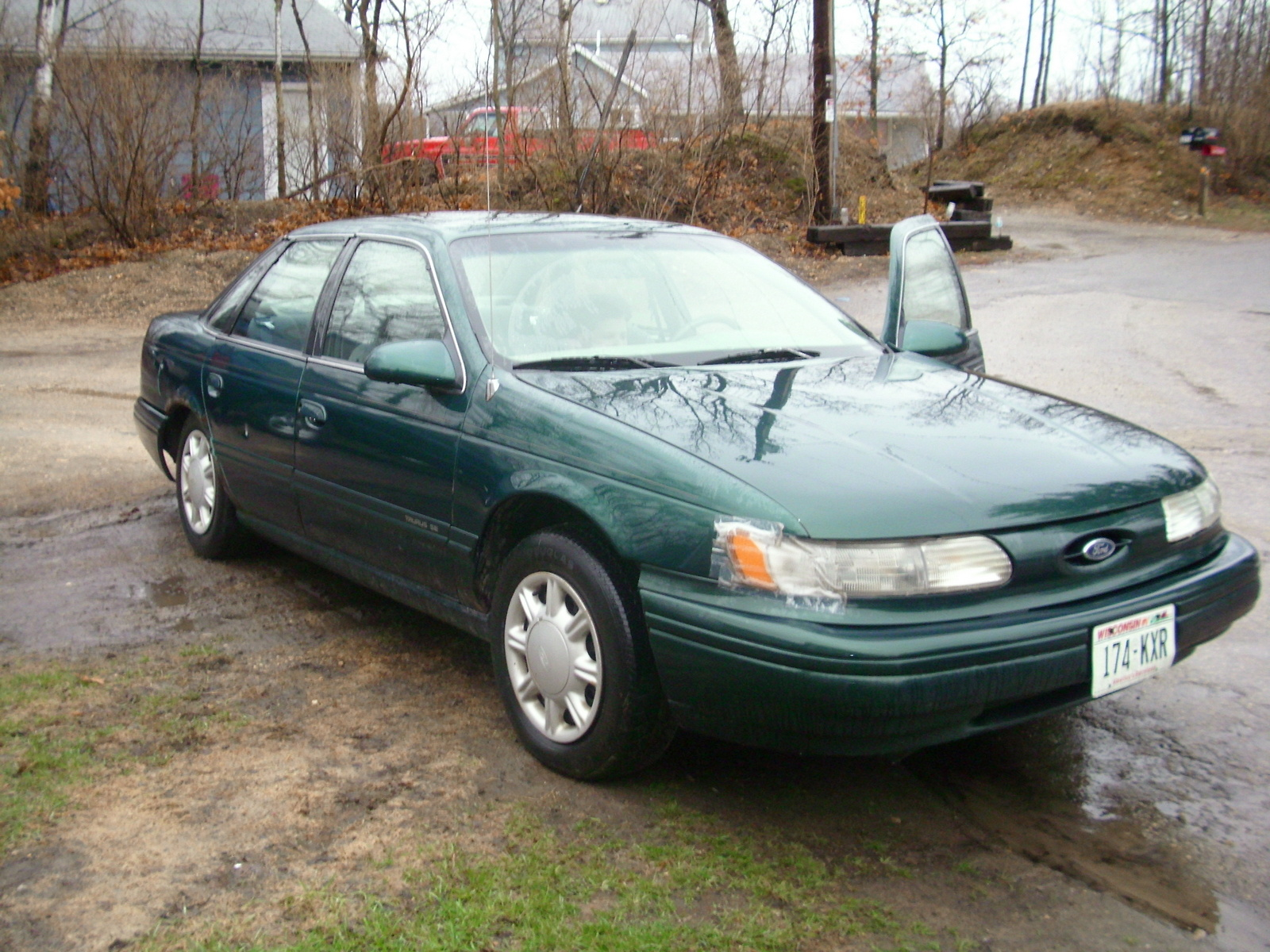 ford taurus gl station wagon
