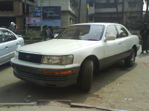 1991 Lexus LS 400 4 Dr STD Sedan picture