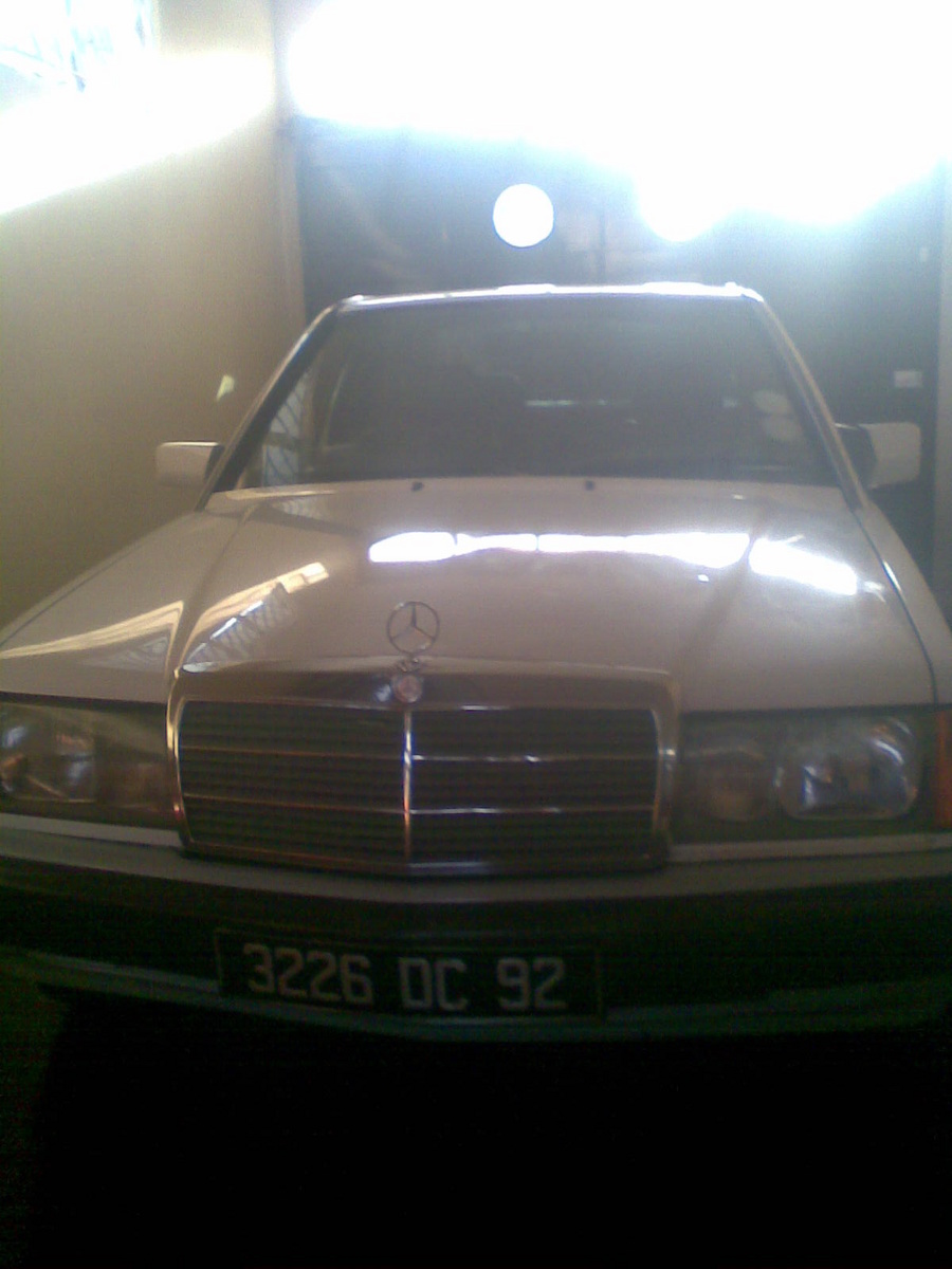 1992 Mercedes-Benz 190e  picture