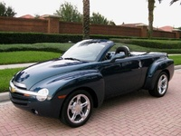 2005 Chevrolet SSR Picture Gallery