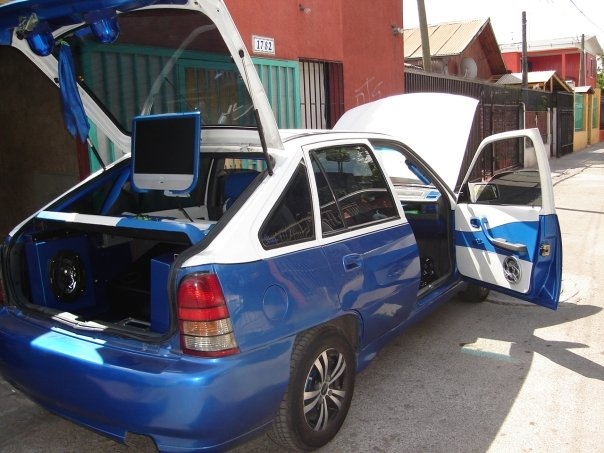 Picture of 1996 Daewoo Nexia, exterior, interior