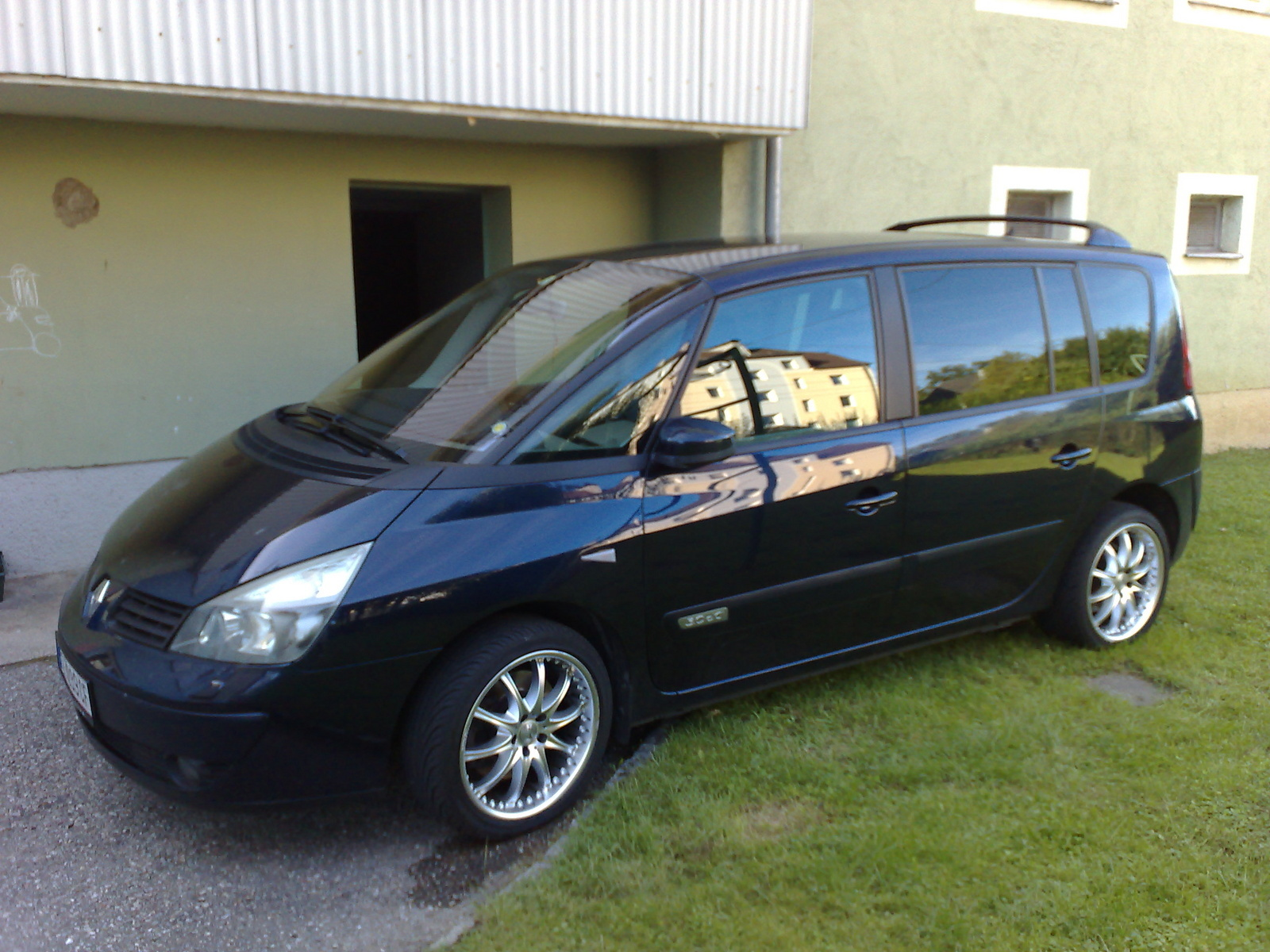 2005 Renault Espace Overview C11357 on new de tomaso car