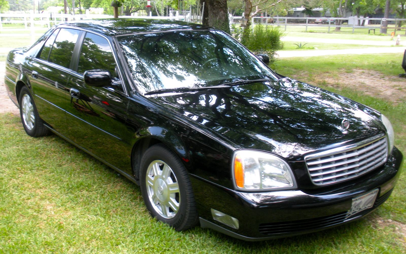 2003 cadillac deville pictures cargurus. Cars Review. Best American Auto & Cars Review