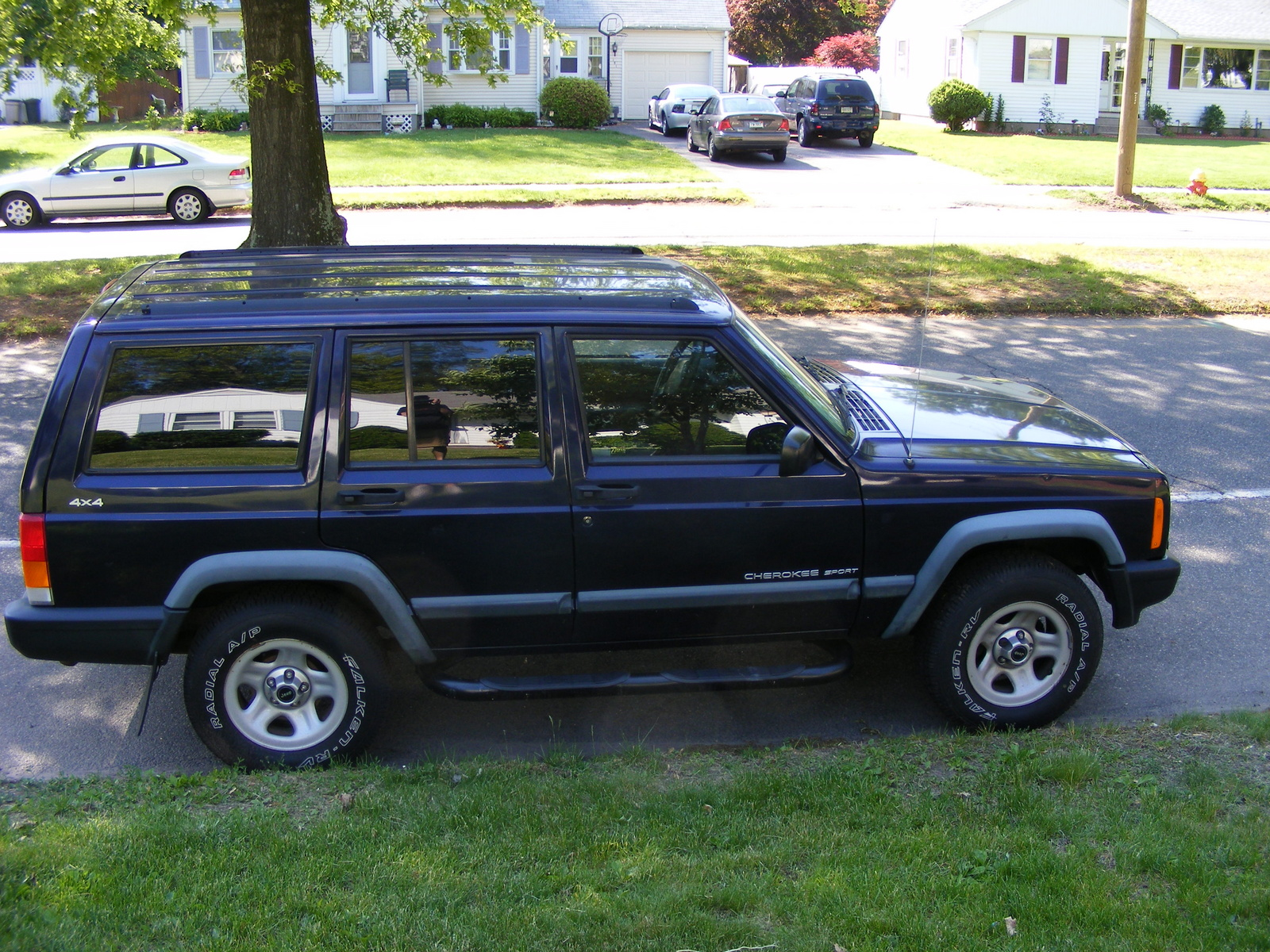 1998 jeep cherokee 4 dr sport suv picture exterior. Cars Review. Best American Auto & Cars Review