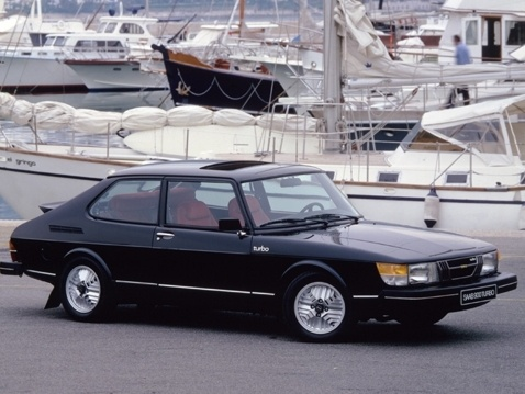 Picture of 1980 Saab 900