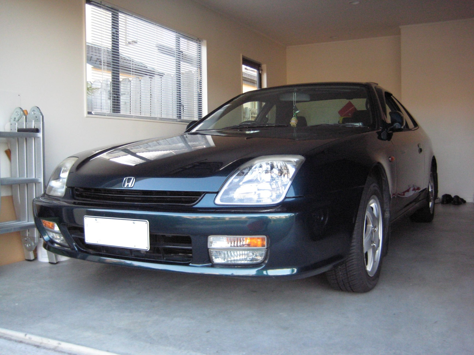 Picture of 1997 Honda Prelude