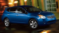 2010 Nissan Rogue, Front-quarter view, manufacturer, exterior