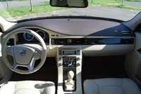 Picture of 2010 Volvo V70, interior, gallery_worthy