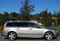 Picture of 2010 Volvo V70, exterior