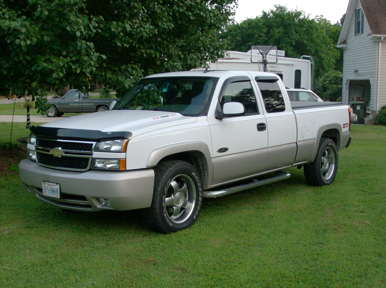 picture of 2006 chevrolet silverado 1500 lt2 ext cab short bed 4wd. Cars Review. Best American Auto & Cars Review