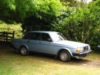 1982 Volvo 240 Picture Gallery
