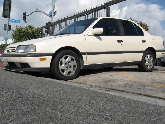 Picture of 1993 Infiniti G20 4 Dr STD Sedan