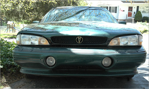 Picture of 1993 Pontiac Bonneville 4 Dr SSE Sedan