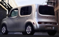 2010 Nissan Cube, Back Right Quarter View, exterior, manufacturer