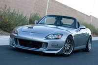 2004 Honda S2000 Picture Gallery