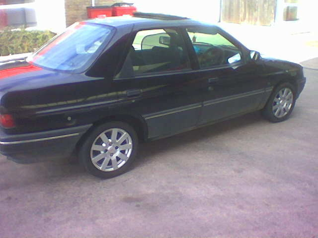 Picture of 1993 Ford Orion