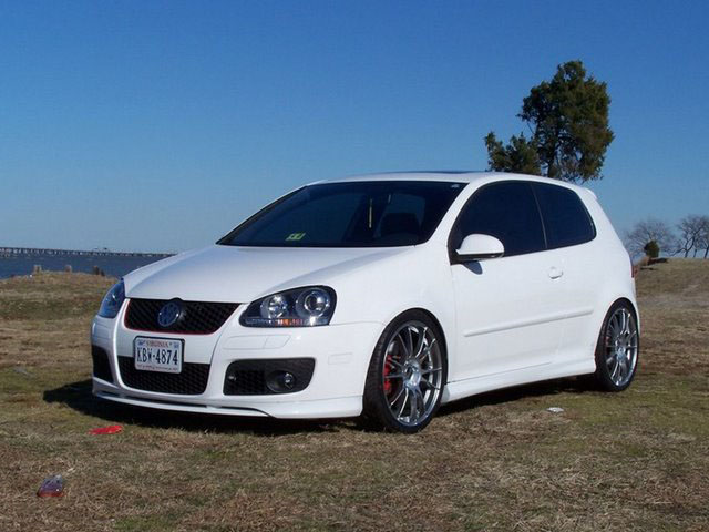 2010 Volkswagen GTI Base picture