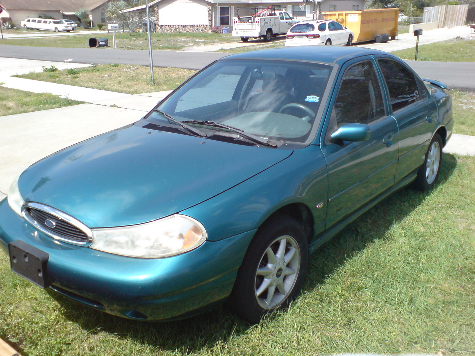 1998 Ford Contour 4 Dr SE Sedan picture, exterior