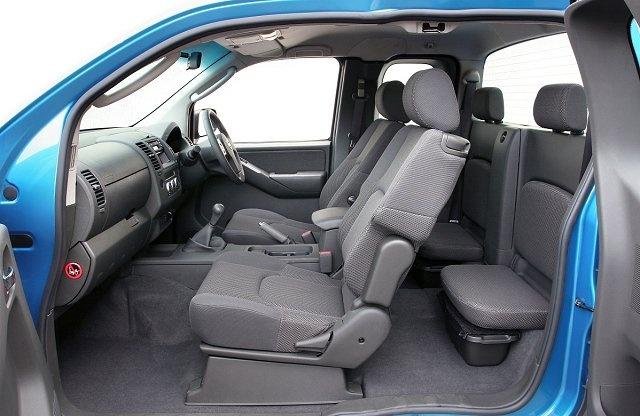 2006 Nissan Navara - Interior Pictures - CarGurus