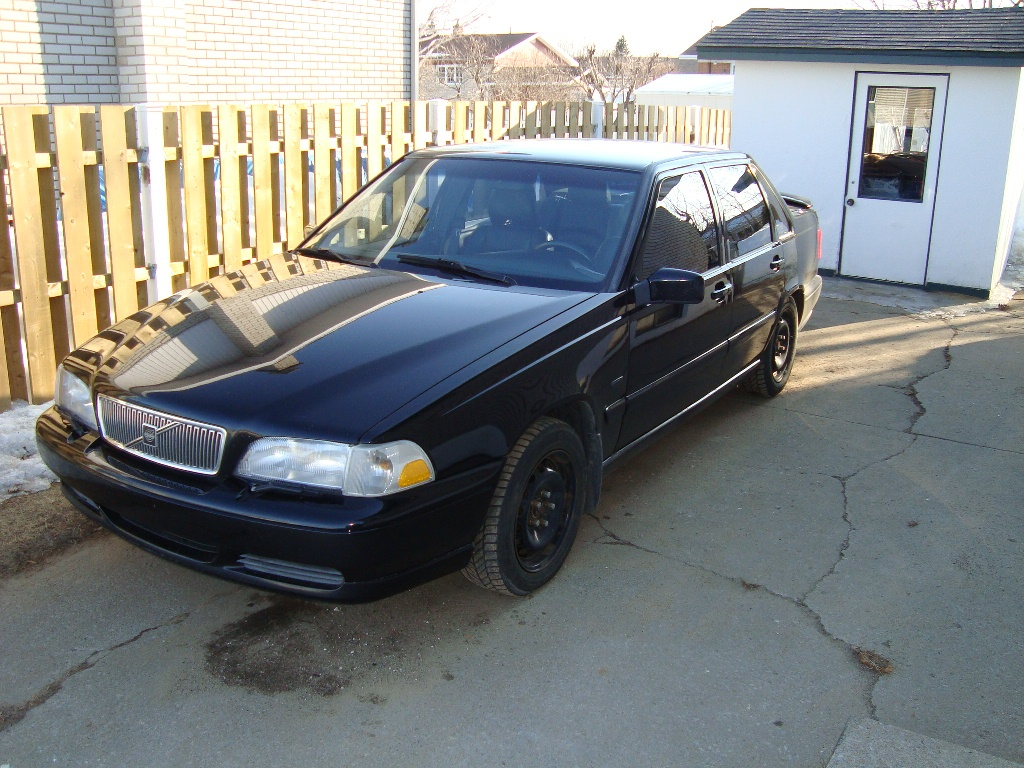 1998 Volvo S70 4 Dr STD Sedan picture, exterior