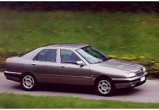 Picture of 1998 Lancia Kappa