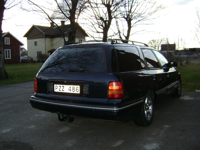 Picture of 1994 Ford Scorpio