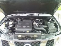 Picture of 2007 Nissan Navara, engine