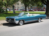 1966 Pontiac Parisienne Overview