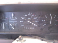 1992 Ford Explorer 4 Dr XL 4WD SUV, bury the needle @ only 3,300 RPM... Wonder how fast it will really go!, interior