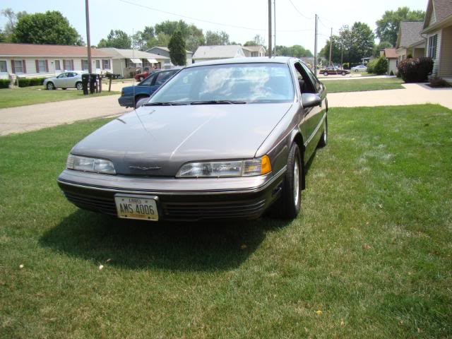 Picture of 1990 Ford Thunderbird Base
