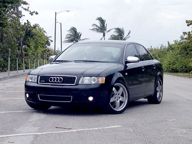 2002 Audi A4 4 Dr 3.0 quattro AWD Sedan picture