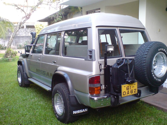 Picture of 1992 Nissan Patrol, exterior