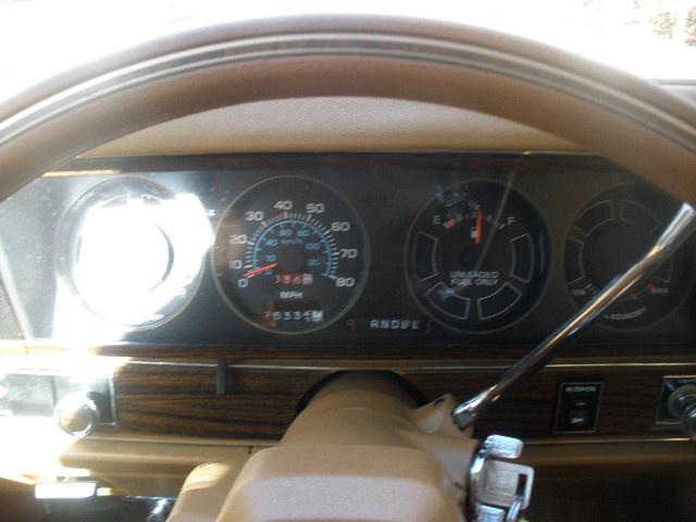 Chevrolet Caprice Pic X