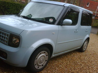 2003 Nissan Cube Overview
