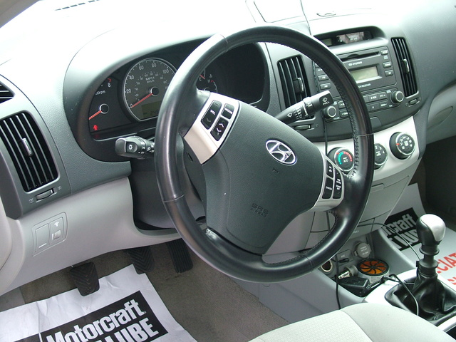 Hyundai Elantra Dr Gls Pic X on 2003 Hyundai Elantra Gls Interior
