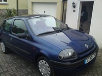 2000 Renault Clio, 3/4 view, exterior, gallery_worthy