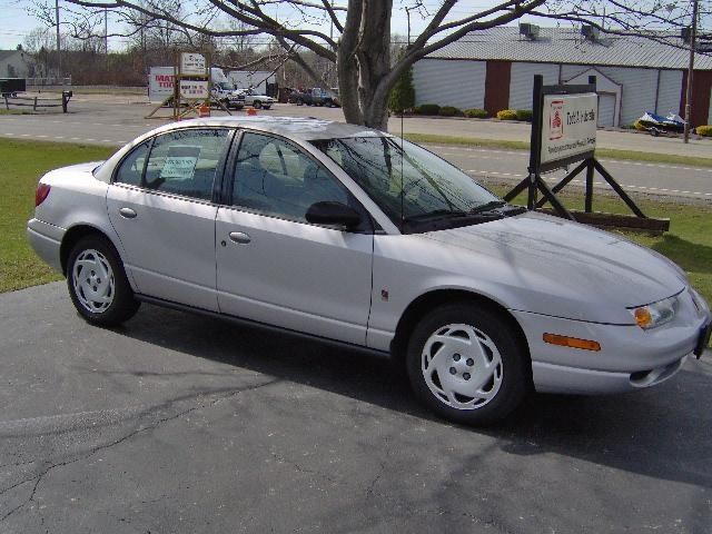 Picture of 2001 Saturn S-Series 4 Dr SL2 Sedan