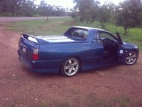 2003 HSV Maloo Overview