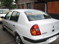 Picture of 2003 Renault Clio, exterior