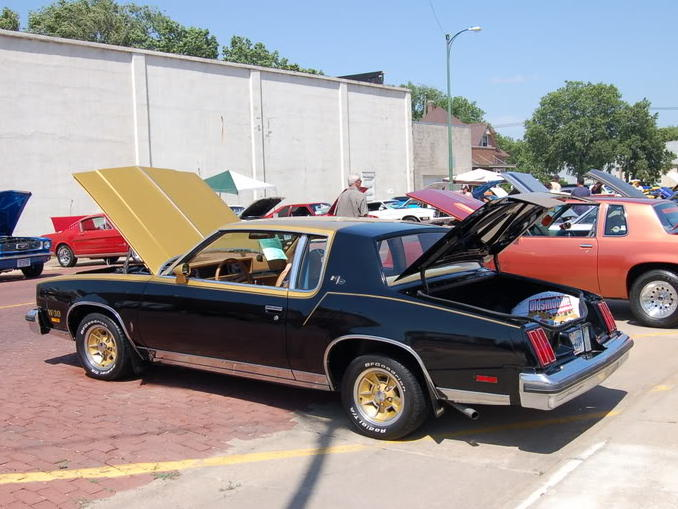 1979 Oldsmobile Cutlass Calais. Picture of 1979 Oldsmobile