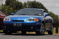 Picture of 2004 Hyundai Tiburon Base, exterior