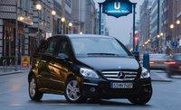 2010 Mercedes-Benz B-Class, Front Right Quarter View, exterior, manufacturer