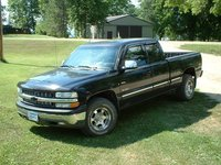 Picture of 2001 Chevrolet Silverado 1500 LS Extended Cab 4WD, exterior, gallery_worthy
