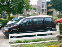 Picture of 1996 Chrysler Voyager, exterior