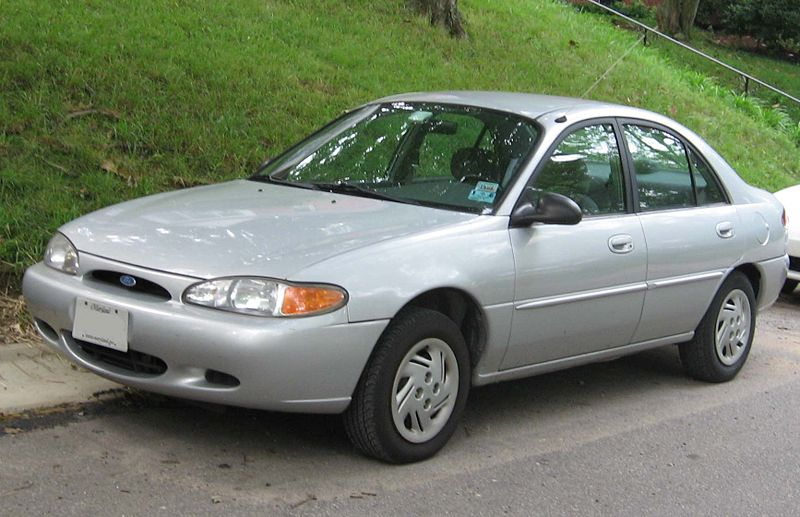2001 Ford Escort 4 Dr STD Sedan picture