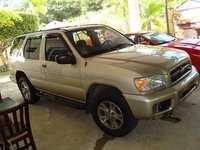 2002 Nissan Pathfinder SE, La Pathfinder 01' de Joan, exterior