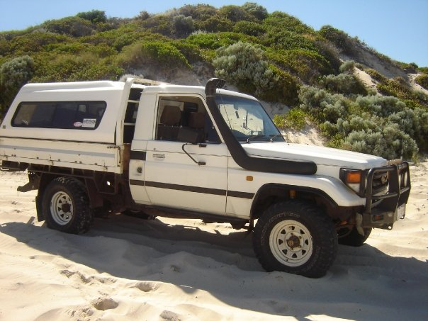 1999 Toyota Land Cruiser picture