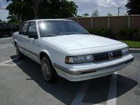 1991 Oldsmobile Cutlass Ciera 4 Dr SL Sedan picture, exterior