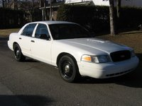 2006 Ford Crown Victoria Picture Gallery